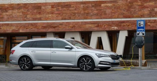 Skoda Superb Combi iV, a station wagon eligible for the bonus
