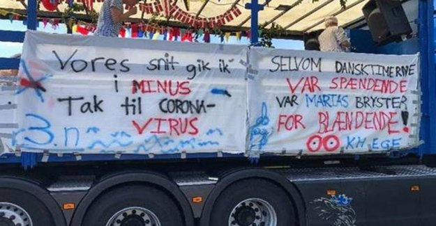The students ' touching gesture: Now responds Støjberg and Pia K.