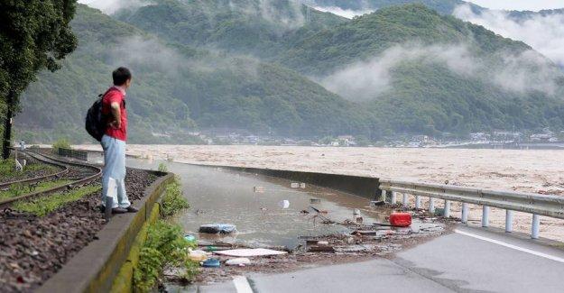 16 dead in heavy rain in Japan