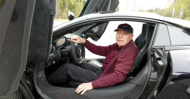 78-year-old Henry has bought the McLaren with 720 hp and: - You live only once