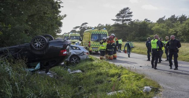 Car flipped on roof after collision: Four injured
