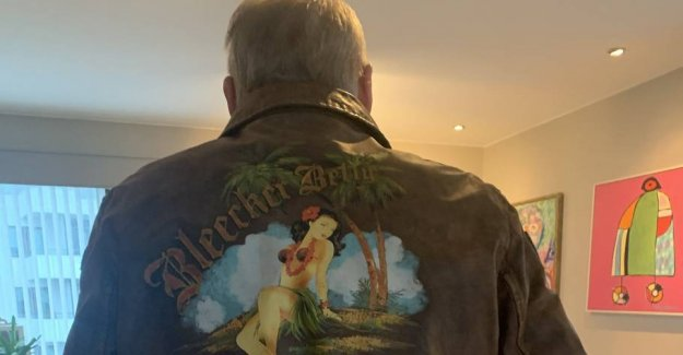 Delicious in leather: Klaus Pagh got cheeky jacket