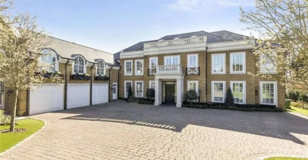 Desperate price cuts on the star's super-mansion