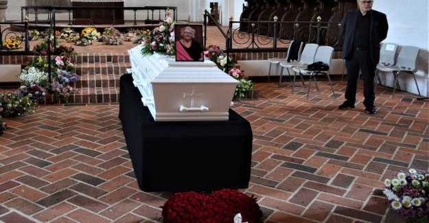 Goodbye to Inge: the Third victim of accident buried