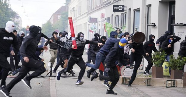 Hooligan-fights were agreed: - Voldsparate young men