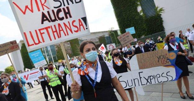 Lufthansa cuts 1000 posts away