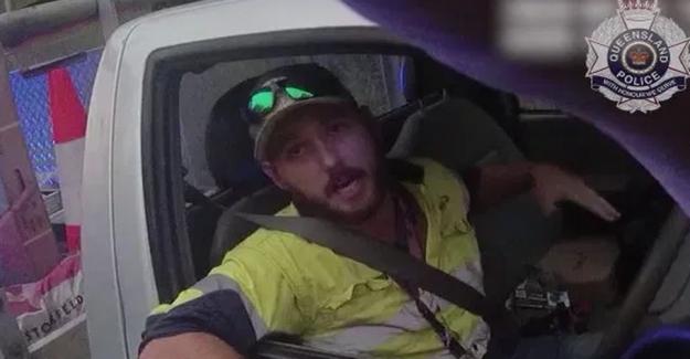 Motorist killed giftslange with safety belt