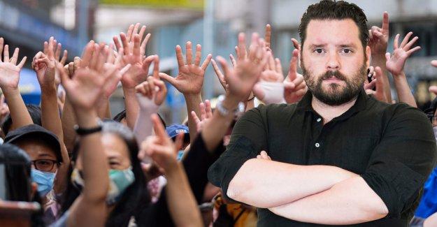 Mr PerlenbergVästsverige is to be welcomed Hongkongbor on the run