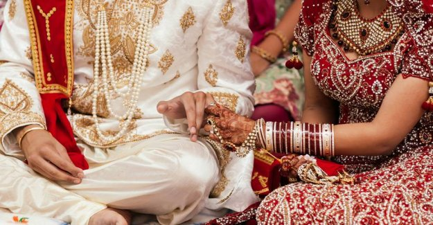 The bridegroom of death: Corona-the chaos after indian wedding