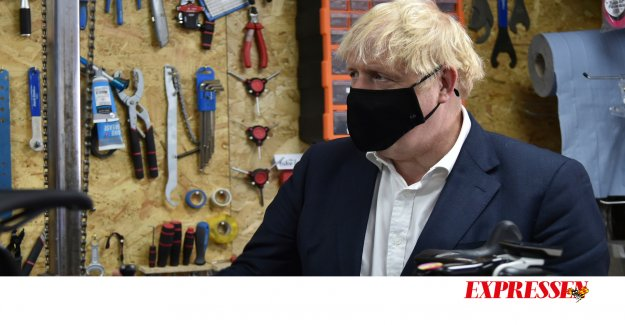 The red and green have a lot to learn from Boris Johnson