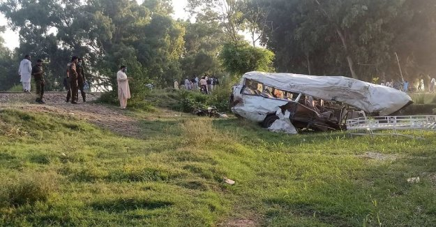 Truck loaded with pilgrims smashed by train in Pakistan