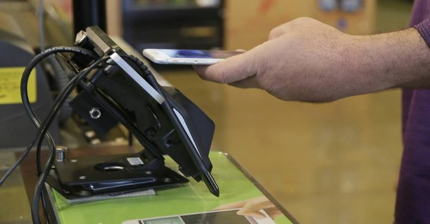 Nets of error: Therefore, it costs Apple Pay a fee