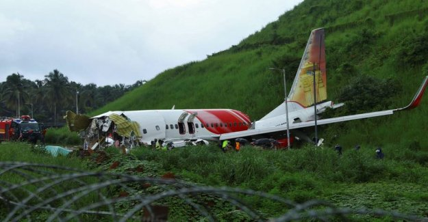 News about the plane crash: Missed the runway due to the storm