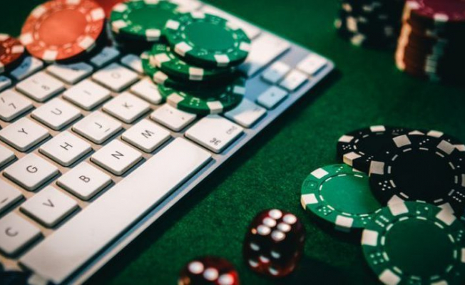 How to Start Online Poker Game for The First Time