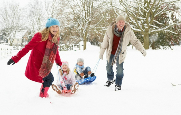 5 Tips for Limiting Your Family's Screen Time This Winter