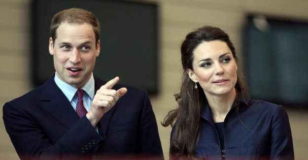 Transparent robes: How to fell William to Kate