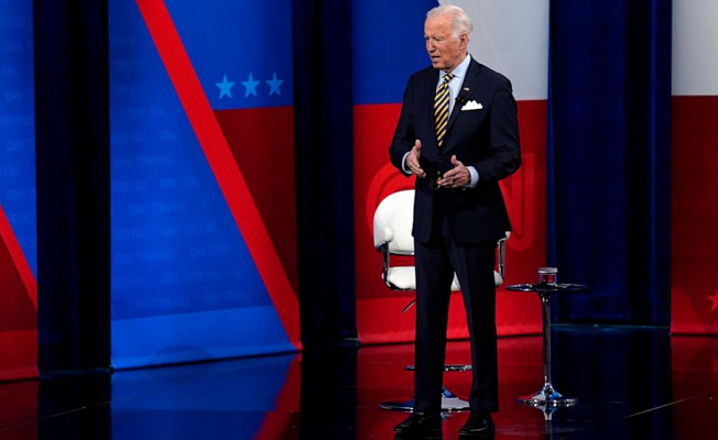 Biden cautiously predicts'very different circumstance' with pandemic by Christmas