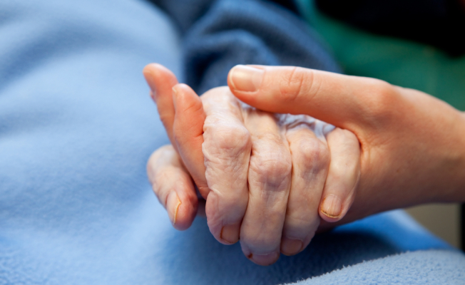 Tips for Supporting Someone Undergoing Cancer Treatment