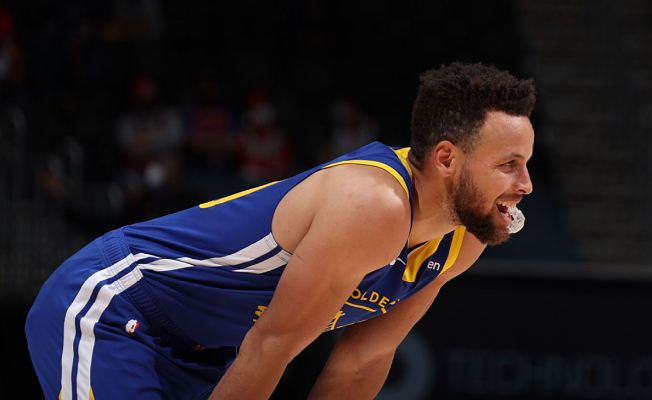 Golden State Warriors' Stephen Curry goes cold as 30-point streak ends at 11 games