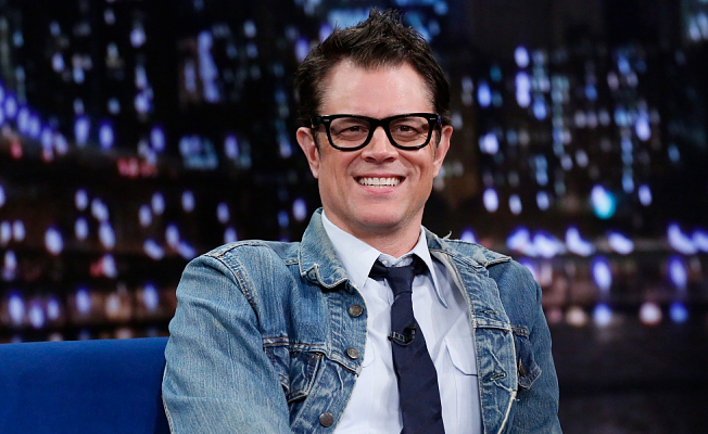 Johnny Knoxville, 50, Stones his natural gray hair in GQ photo shoot