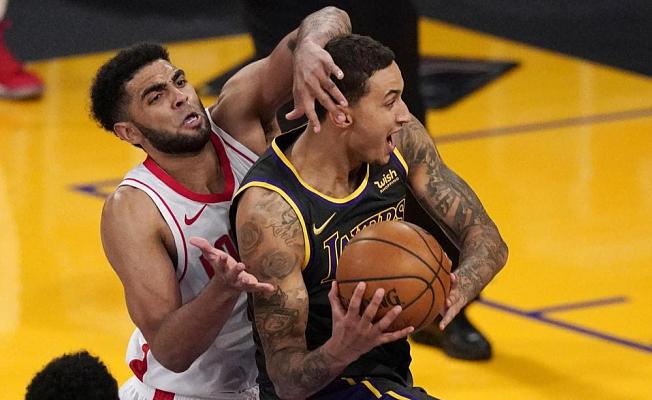 Kuzma's late basket Supplies Lakers 3rd straight win