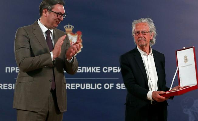 Serbia gives award to 2019 Nobel Literature winner Handke