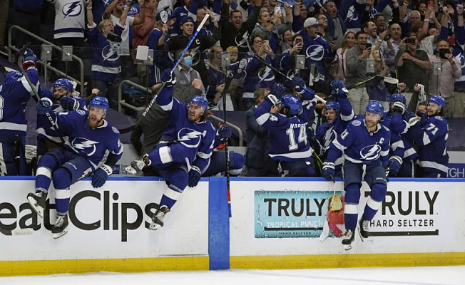 Lightning vs. Canadiens, 1st all East Cup final since 1980