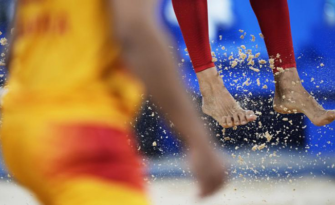 How can a grain made of sand make the Olympics?