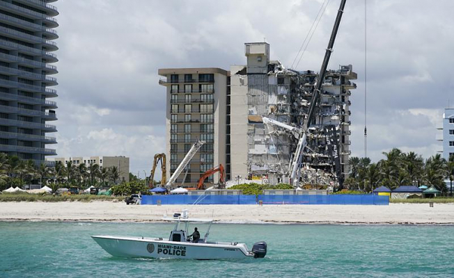 Surfside rebuts a report about delayed building repairs