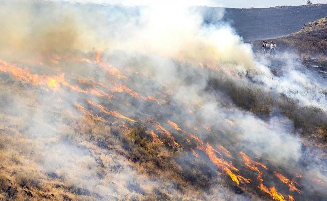 Western wildfires: Crews make great progress on massive Oregon blaze