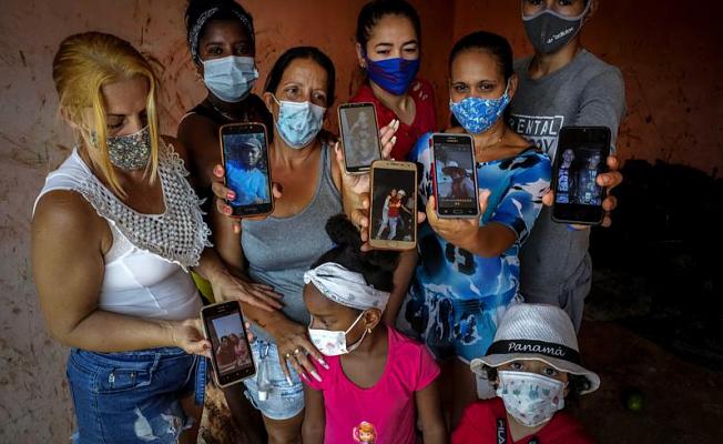 Cubans make dangerous trips to the USA via Florida Straits