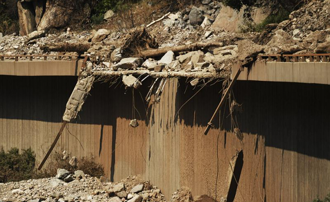Major transportation routes in Colorado are affected by Colorado mudslides