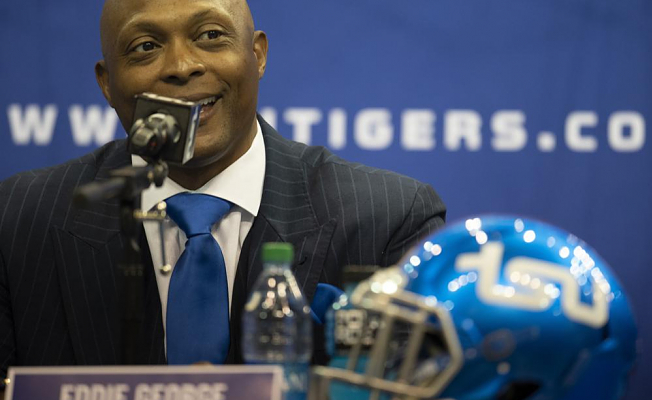 Eddie George and other ex-All-Pros making an impact at HBCUs