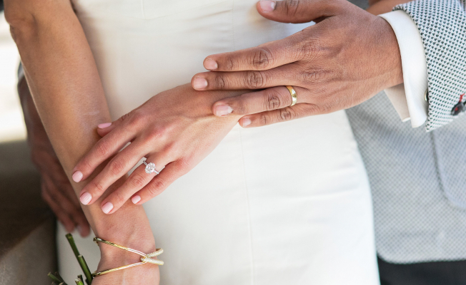 How to purchase an engagement diamond ring