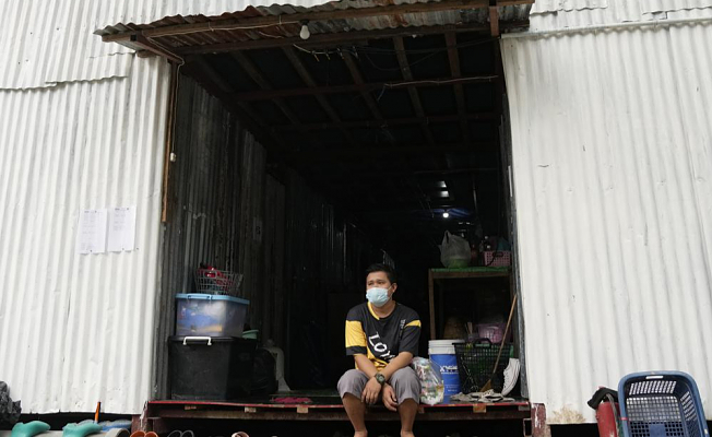 Volunteers help the poorest to survive Thailand's worst COVID increase