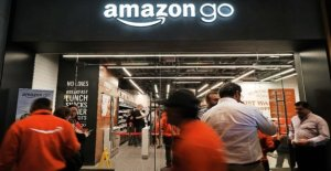 Amazon plans to open first supermarket