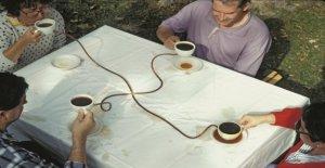 Café Complet or tea ceremony?