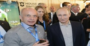 Mason meets Putin in Moscow