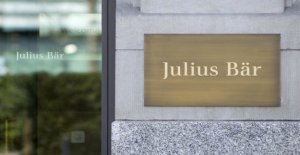 Julius Baer is due to lost GDR assets condemned