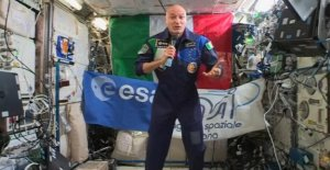 AstroLuca in connection with the students, scientists