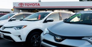 Car, Toyota recall 3.4 million cars for defects in airbags