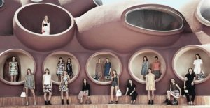 Dior chooses Lecce for the presentation of the new collection: a parade in the piazza Duomo, on the 9th of may