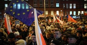 Poland, law-gag of the courts: approved the reform of justice. The Country is at risk of breaking with the Eu