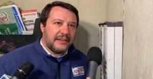 Salvini to the intercom, the investigation on the officer who has shown the home