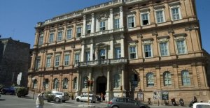 The crisis of the University for foreigners of Perugia, between the budgets in the red, and investigations of Finance