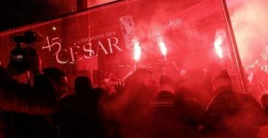 César, Paris triumphs Polanski among the protests of the feminists: the director has deserted the ceremony