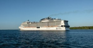 Coronavirus, the cruise ship in the Caribbean sea that no one wants: to the edge just a case of the flu
