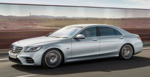 Mercedes e-Class S560e, the super hybrid is served