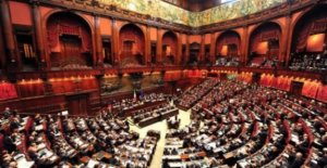 Milleproroghe, the government puts the trust in the Room
