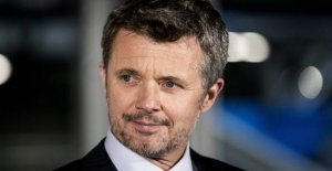 Crown prince Frederik fills the year: Fødselsdagsplaner thwarted